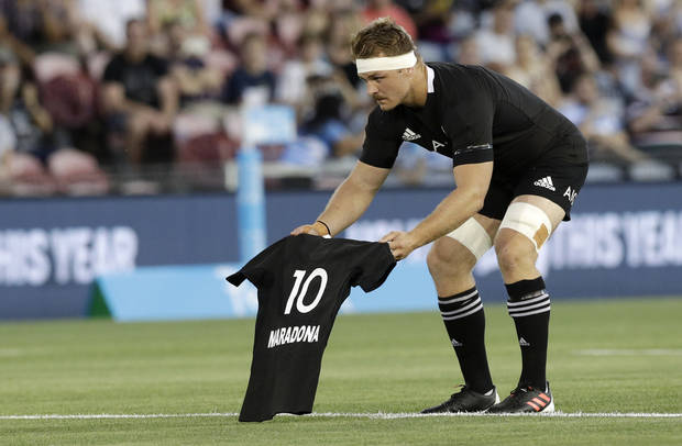 All Blacks beat Pumas 38-0 to take grip on Tri-Nations