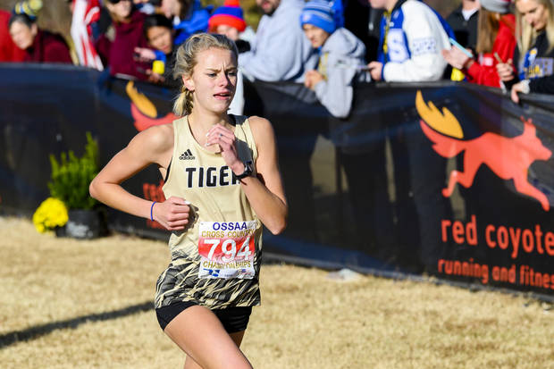 High school cross country: Broken Arrow's Payton Hinkle named Gatorade Oklahoma Girls Cross Country Runner of the Year