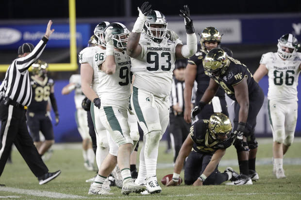 College football notebook: Michigan State beats Wake Forest in Pinstripe Bowl