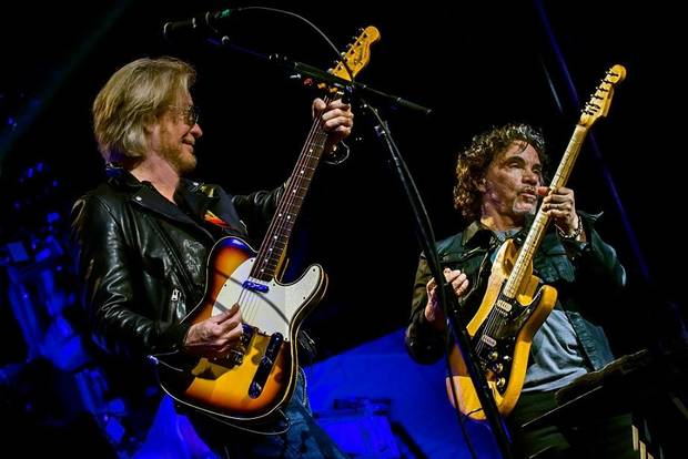 Hall and Oates, Train playing Tampa's Amalie Arena