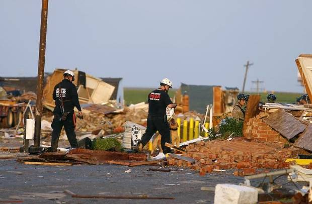'The room looked like a bomb hit it': Two killed, dozens injured in tornado that hit El Reno