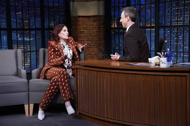 Video Megan Mullally Shows Off Her Singing Chops On Tonight S Will