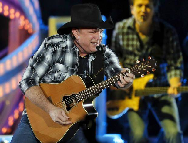 Garth Brooks To Play Four Concerts In Oklahoma City