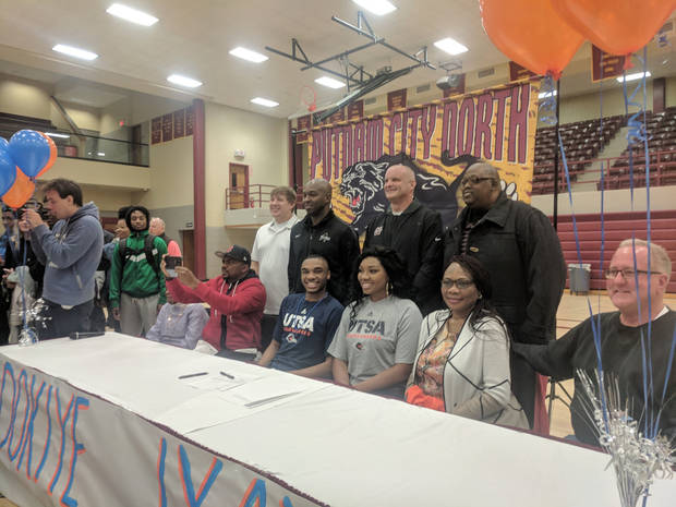 Putnam City North guard Adokiye Iyaye signs with UTSA Image
