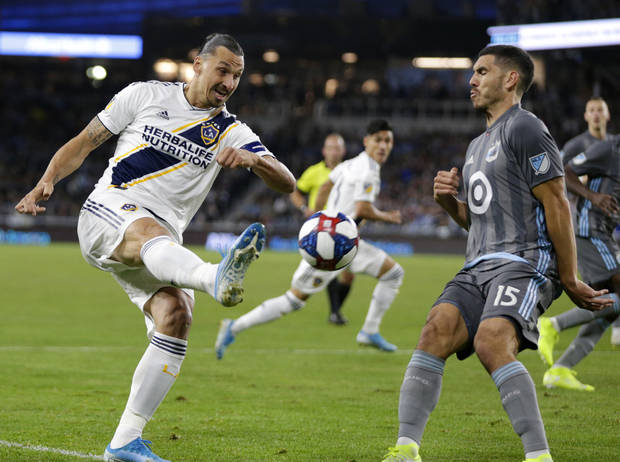 Galaxy beat Minnesota United 2-1, move on to face LAFC