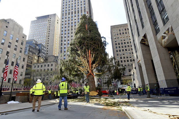 77-foot tree installed at New York City's Rockefeller Center