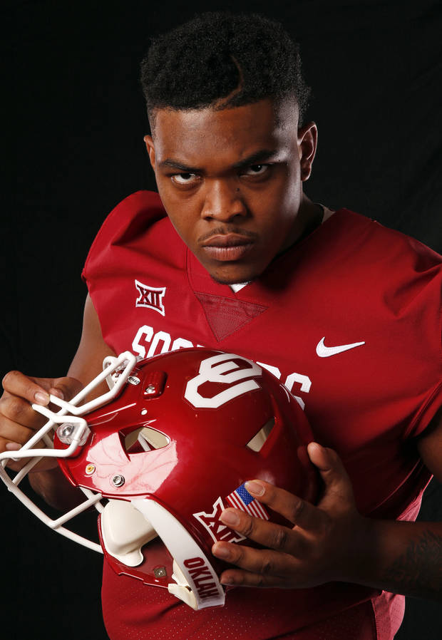 Sooners' Orlando Brown making a statement against top D-lines