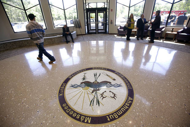 Feds revoking reservation status for tribe's 300 acres