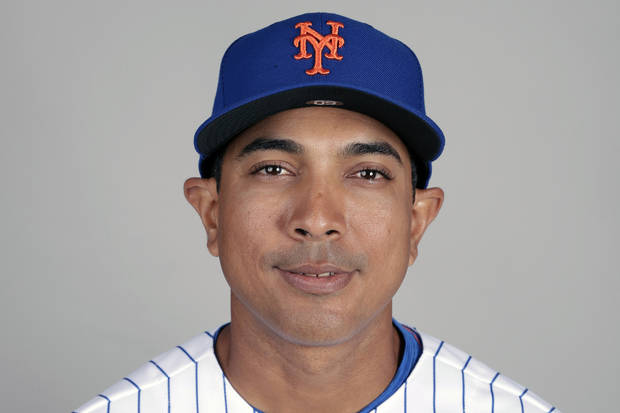 Mets pick coach Luis Rojas to replace Beltrán as manager