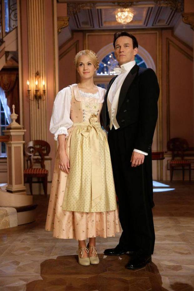 "Carrie Underwood and Stephen Moyer star in NBC's 2013 production of ""The Sound of Music Live!"" [NBC photo]"