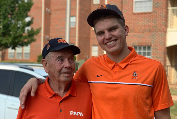 Carlson: Why OSU quarterback Shane Illingworth's family didn't expect him to suit up vs. Tulsa, let alone save the day