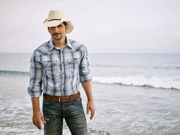 Brad Paisley [Jeff Lipsky photo]