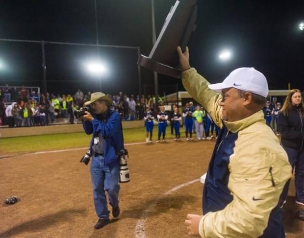 Departing athletic director Dewayne Hunter leaves Southmoore in good hands