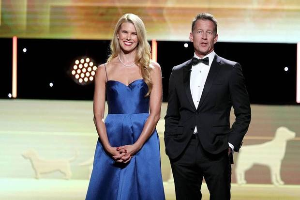 Co-hosts Beth Stern and James Denton appear at the 2019 American Hero Dog of the Year at the 2019 American Humane Hero Dog Awards, which airs Oct. 21 on Hallmark Channel. [Photo by John Salangsang/Invision for American Humane/AP Images]