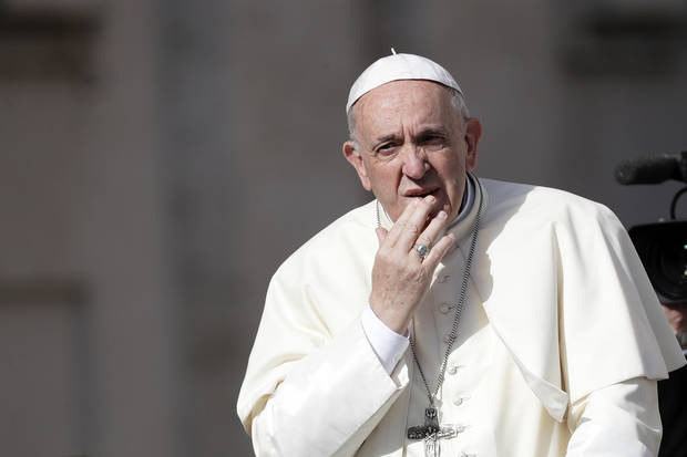 Vatican: Pope meets Chile victims in climate of