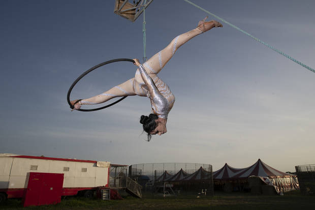 AP PHOTOS: Traveling circus stays put in virus-hit Italy