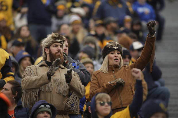 Morgantown travelblog: Flying with a Big 12 official