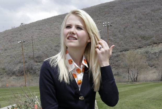 In this May 7, 2013, file photo, Elizabeth Smart talks with a reporter before an interview in Park City, Utah. AP photo