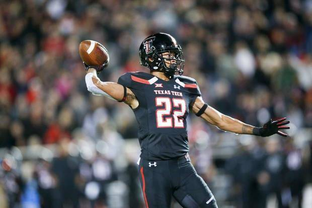 College football notebook: Texas Tech WR Seth Collins granted 6th year of eligibility