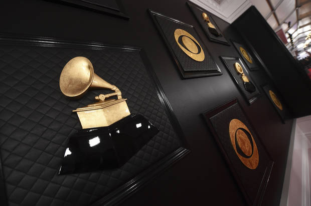 The Latest: Lizzo, Billie Eilish each win early Grammys