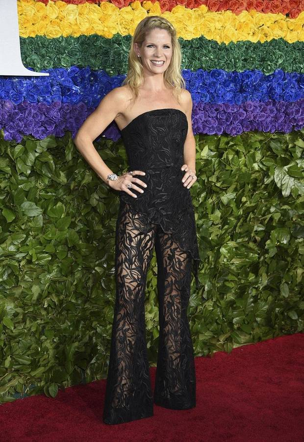Kelli O'Hara arrives at the 73rd annual Tony Awards at Radio City Music Hall on Sunday, June 9, 2019, in New York. [Photo by Evan Agostini/Invision/AP]