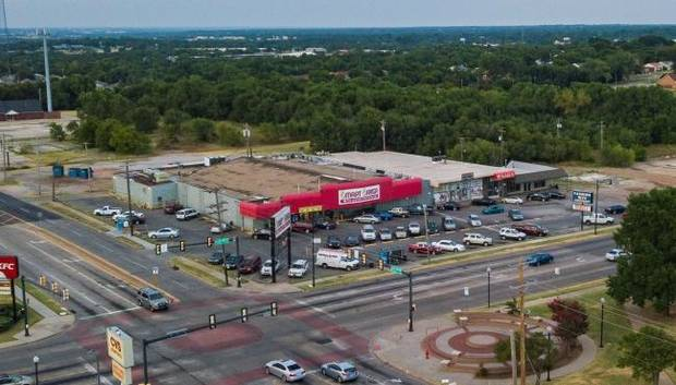 Demolition permits issued for closed eastside OKC grocery