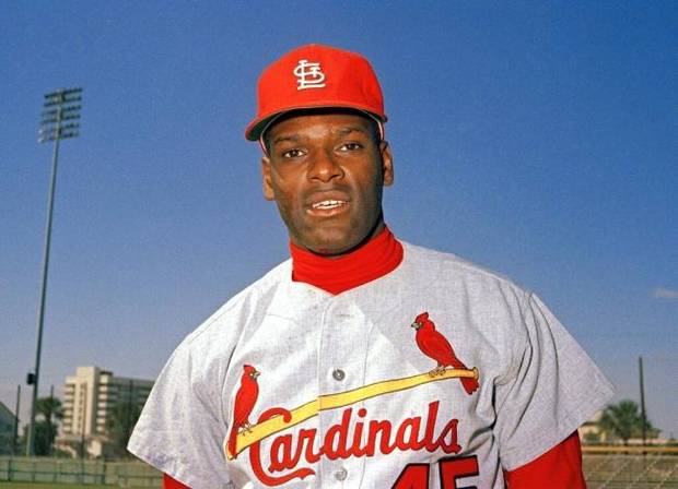 Resilient St. Louis Cardinals legend Bob Gibson throws cancer a curve