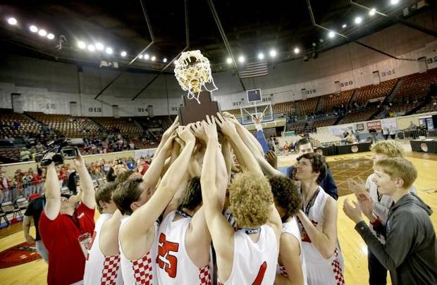 Carlson: Oklahoma high school basketball, wrestling fans want postseason play? They may have to stay away