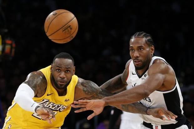 NBA notebook: Kawhi Leonard, Clippers rally to beat Lakers 111-106