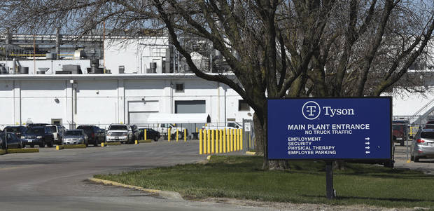Tyson temporarily closes Nebraska beef plant for cleaning