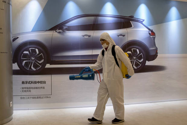 Automakers in China gradually reopen after virus shutdown