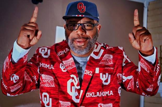 OU basketball: Kristian Doolittle's father uses an outrageous jacket to let the Sooners know they are supported