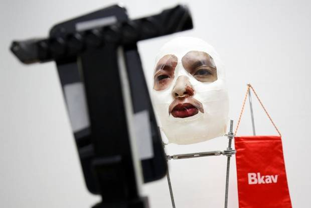 Image result for IPHONE X FACE ID SECURITY SOFTWARE APPARENTLY TRICKED BY 3D PRINTED MASK