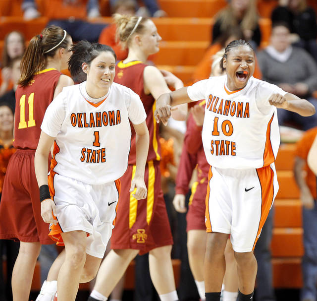 Andrea Riley leads late surge to lift Cowgirls over Iowa ...