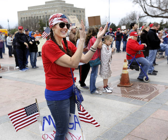 Chants, shouts, scuffles as pro-Trump Capitol rally draws counterprotesters in Minnesota