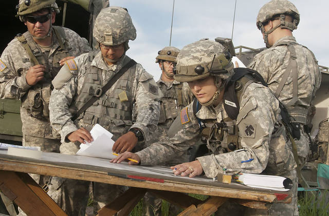 Oklahoma City woman is first qualified female field artillery ...