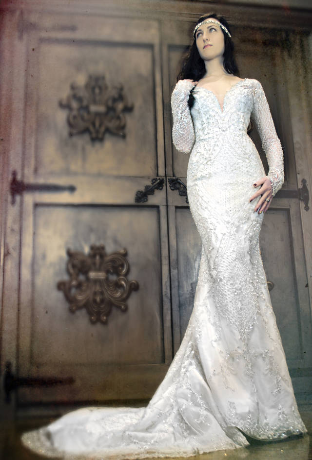 Ballgowns, sleeves back on brides | News OK