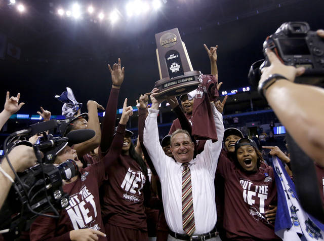 Mississippi State upsets Baylor, earn first-ever women's Final Four berth